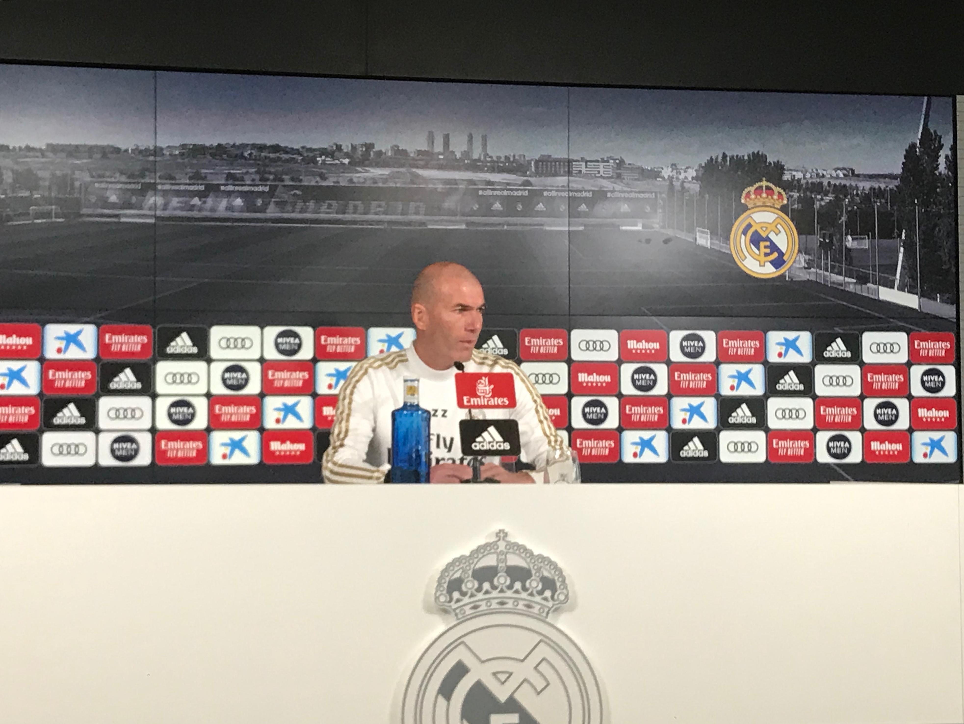 Zidane: «Solo pensamos en el Valencia»